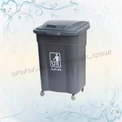 60L四輪揭蓋垃圾桶